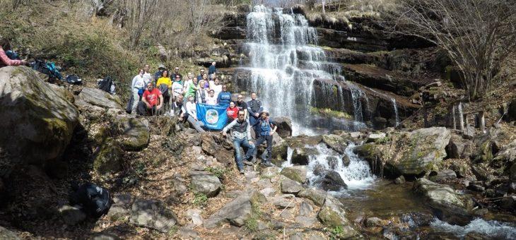 Kozji kamen 1181 i vodopad Tupavica